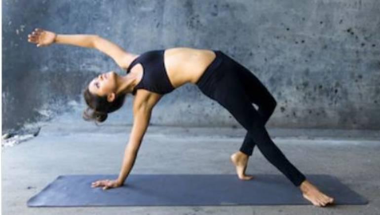 शारीरिक लवचिकता आपले लैंगिक जीवन सुधारू शकते.  प्रतिमा: शटरस्टॉक
