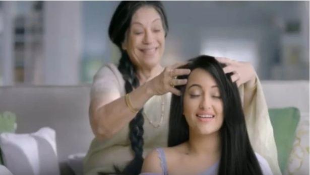 मां कहती हैं, भृंगराज तेल की चम्पी बालों की हर समस्या का समाधान है
