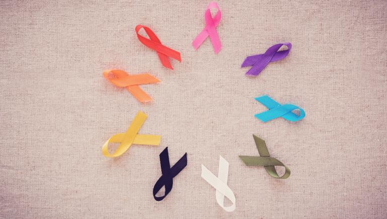 कैंसर से बचाव में फूड्स भी मददगार हो सकते हैं। चित्र: शटरस्टॉक