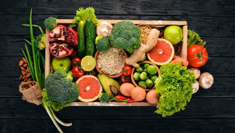 ऑक्सिजनची पातळी राखण्यासाठी पौष्टिक आहार घ्या.  प्रतिमा: शटरस्टॉक