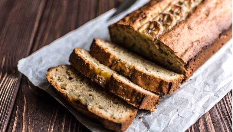 आपको सफेद की जगह ब्राउन ब्रेड को चुनना चाहिए। चित्र- शटरस्टॉक।