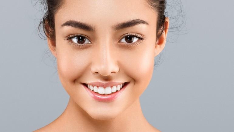 कडुलिंब तुमची त्वचा संक्रमणापासून प्रतिबंधित करते आणि आतून स्वच्छ करते.  प्रतिमा: शटरस्टॉक