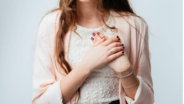 ये 5 तरह के दर्द हो सकते हैं ठंड लगने के संकेत, जानिए कैसे करना है बचाव