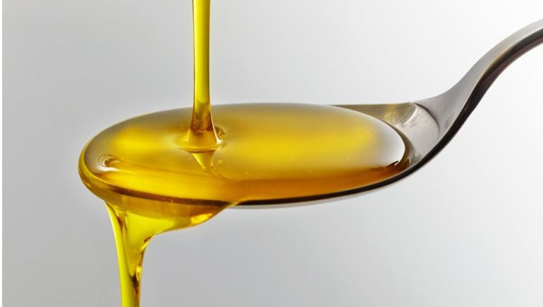 एफएसएसएआई अब खाद्य तेलों में विटामिन के सम्मिश्रण की तैयारी कर रही है। चित्र: शटरस्टॉक
