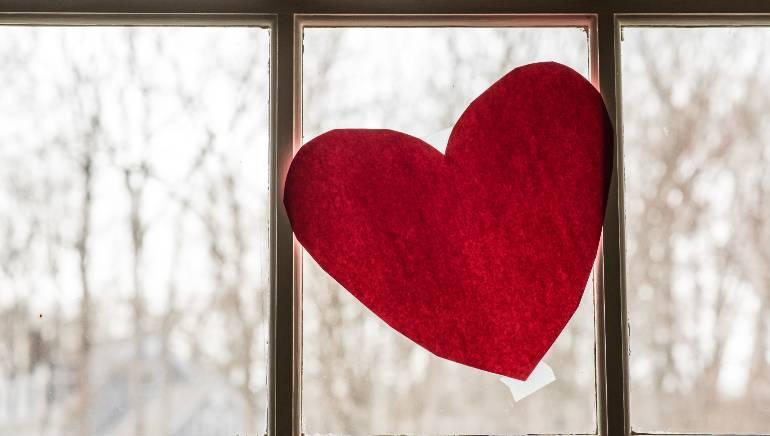 दिल की सेहत पर हार्ट अटैक जितना कहर ढाता है कोरोनावायरस : शोध