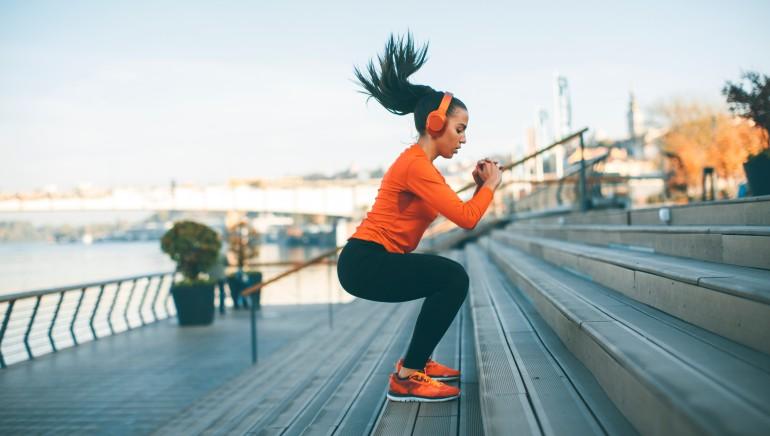 क्या आप जानती हैं कि व्यायाम आपकी इम्यूनिटी को भी मजबूत बनाता है? आइए जानते हैं कैसे