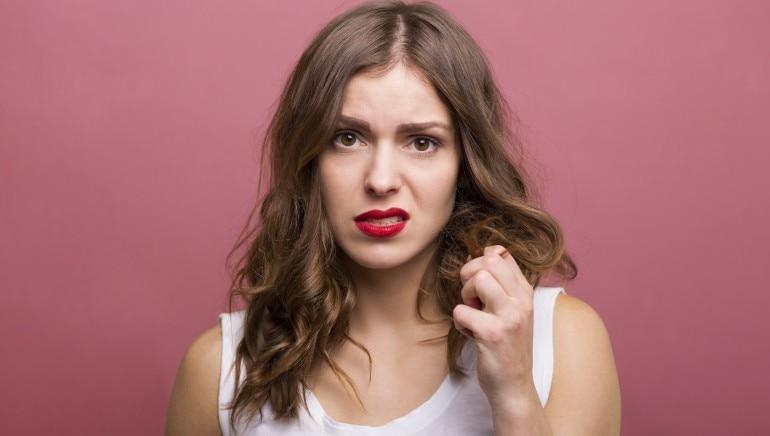 वे 5 कारण जिनसे ज्यादा पसीना आना है आपके बालों के लिए नुकसानदायक