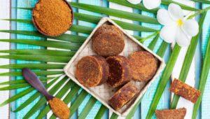 एंटी बैक्टीरियल है नारियल का गुड़। चित्र: शटरस्टॉक