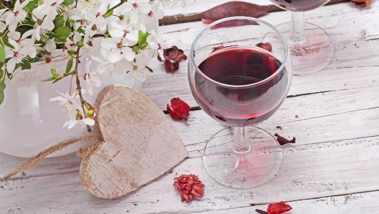 शराब का आपकी हार्ट हेल्थ से क्या कनैक्शन है, जानिए एक कार्डियोलॉजिस्ट से