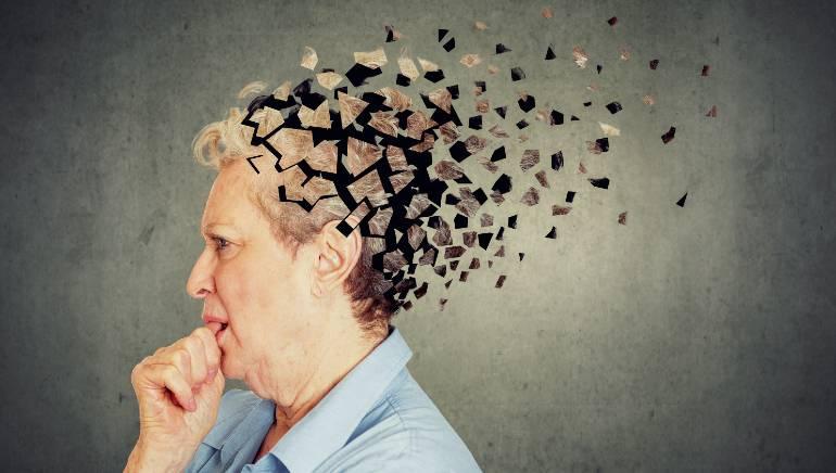 World Alzheimer's Day: यहां है एजिंग और मेमोरी लॉस से जुड़ी इस बीमारी के बारे में पूरी जानकारी