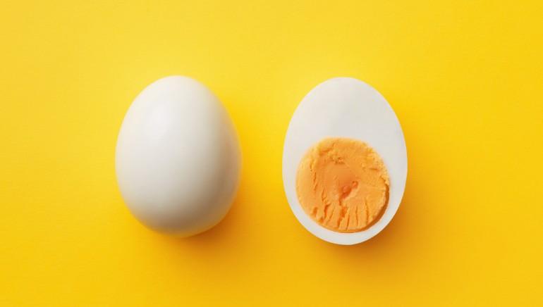 अंडे आपके सेहत के लिए बहुत लाभदायक होते है, यह प्रोटीन और फाइबर युक्त ब्रेकफ़ास्ट है।चित्र: शटरस्टॉक