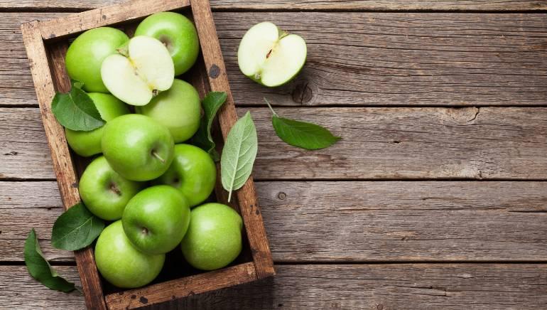 डायबिटीज है तो सेब की जगह चुनें ग्रीन एप्पल, हम बताते हैं क्यों है यह सेब से ज्यादा पौष्टिक
