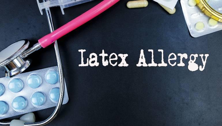 कंडोम से होने लगती है वेजाइना में खुजली? ये हो सकता है लेटेक्स से एलर्जी का लक्षण