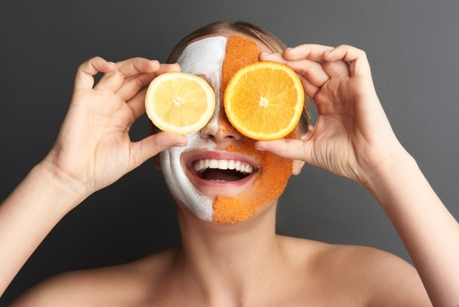 3 DIY lemon peel face masques, because younger looking skin is always in