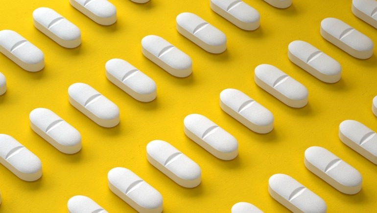 Here are 5 gut-wrenching things that can happen when you self-medicate with antibiotics