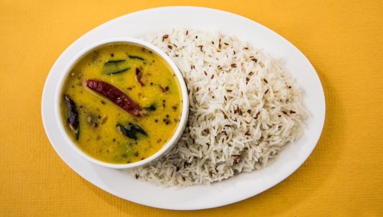 Celeb nutritionist Rujuta Diwekar says dal-chawal is the ultimate dinner and we salute her