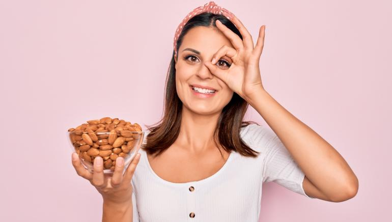Skip the biscuit and munch on almonds for good heart health: Study