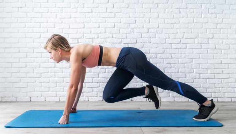 Want a flat belly? Let super-simple mountain climbers help you out
