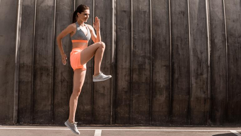 Want to lose that lower belly fat quickly? Do 4 sets of high knees every morning
