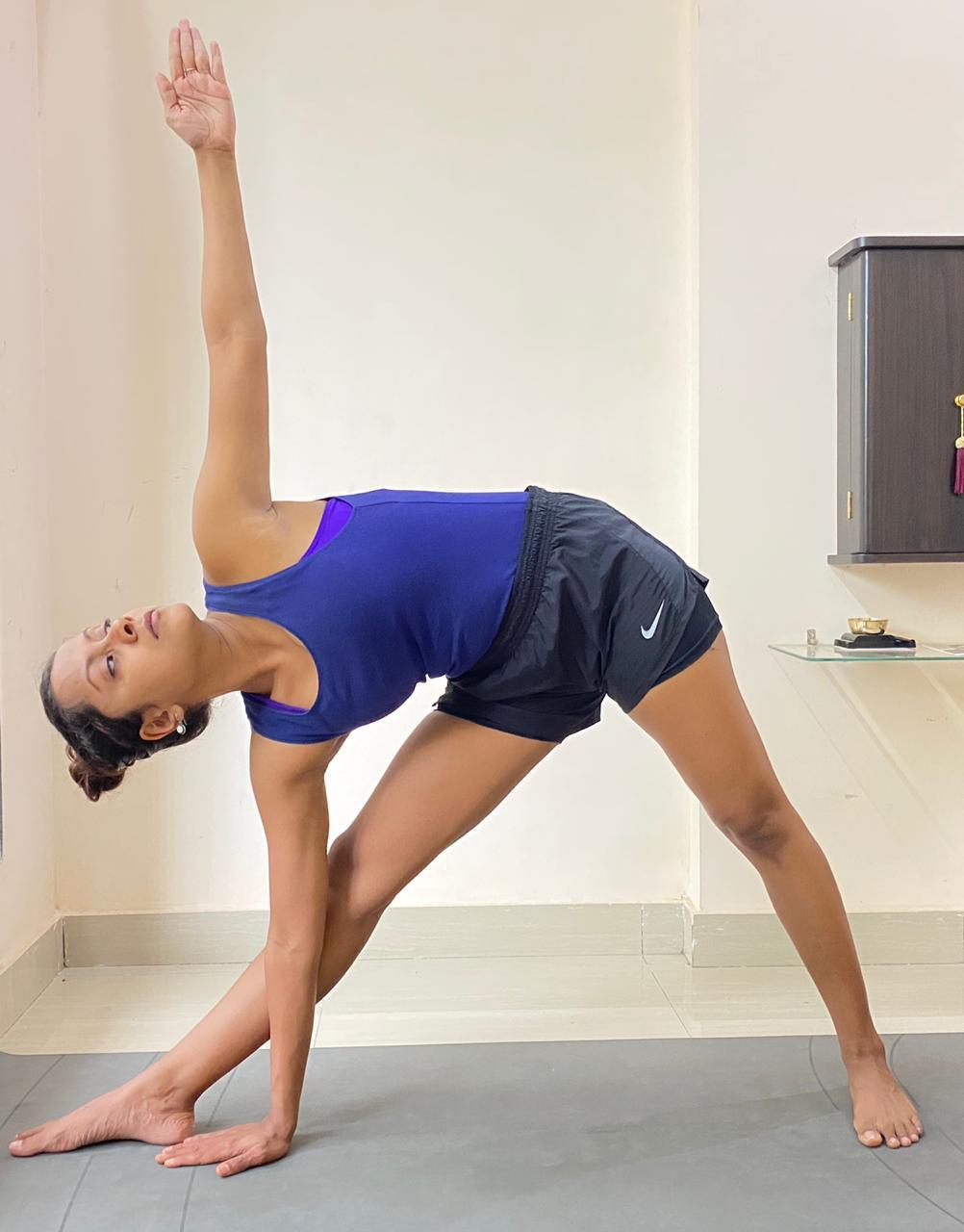 50 yoga asanas for toned legs that you must try