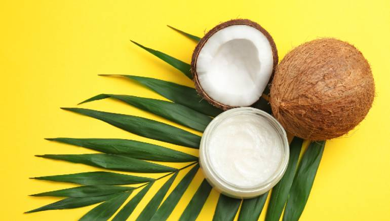 These 4 reasons will convince you to stop using coconut oil on your face