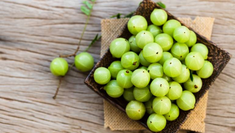 I ate raw amla on an empty stomach for a month and 4 amazing things happened