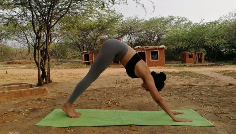 This basic yoga sequence helped me lose 2.5 kilos in a month