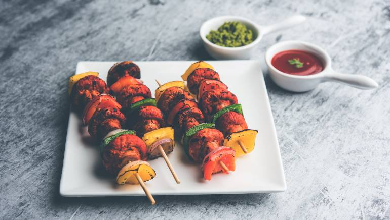 This chatpata mushroom tikka recipe is the low-calorie snack you've been looking for