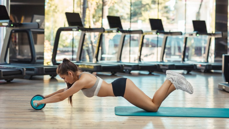 Want a flat belly and a solid core? Use an abs wheel roller and see the difference