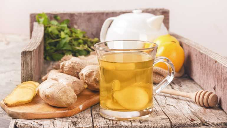 3 reasons why you need to brew ginger tea to ease your PMS symptoms