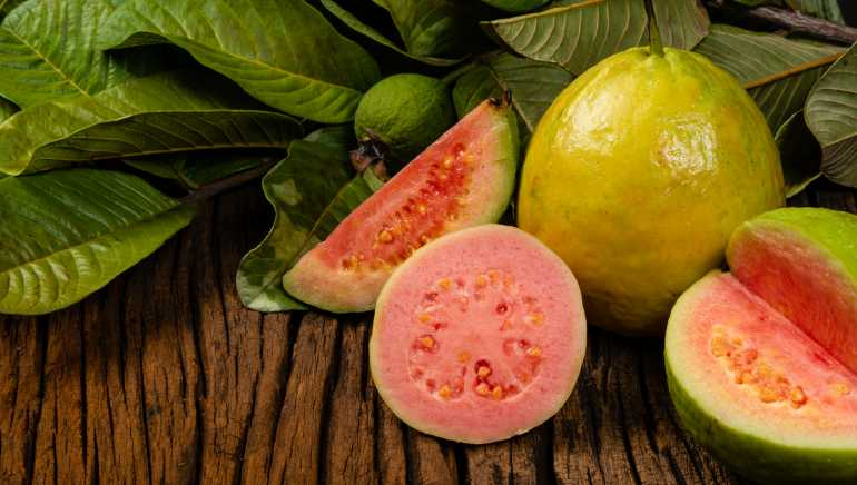 From boosting immunity to preventing diabetes, 7 benefits of guava you never knew about