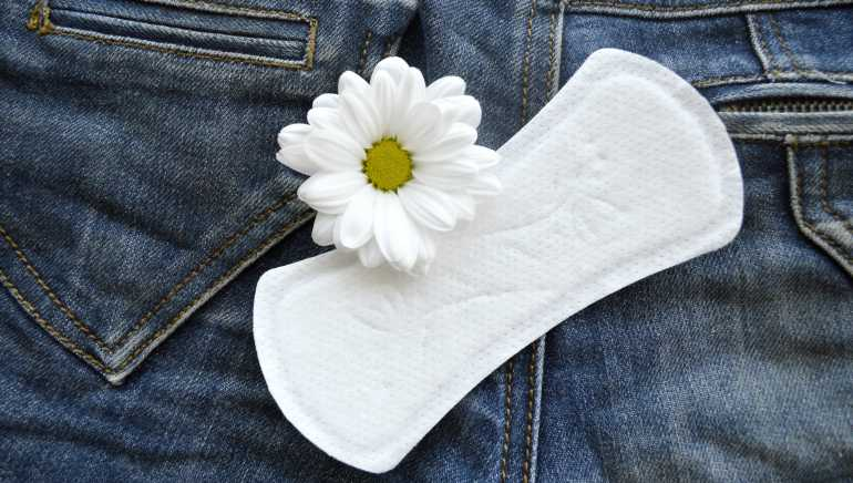 To wear or not to wear panty liners? A gynaecologist answers this pertinent question