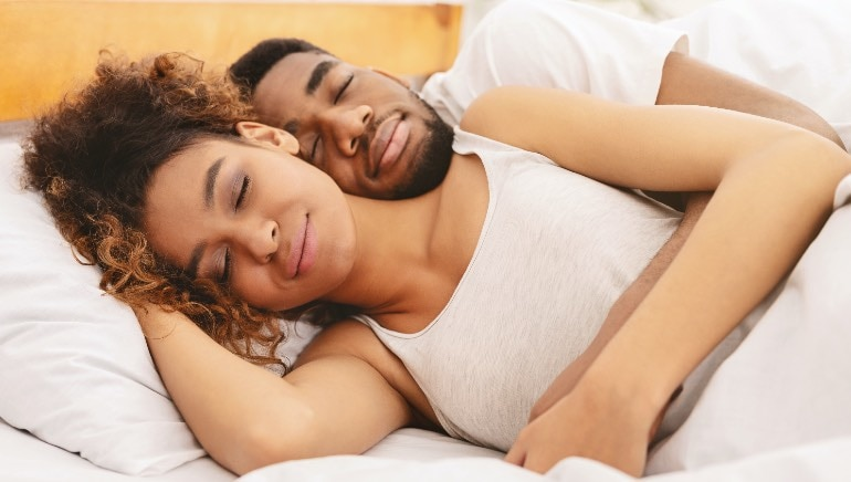 Love a good cuddle? Here are 7 legit reasons why you should get cozy more often
