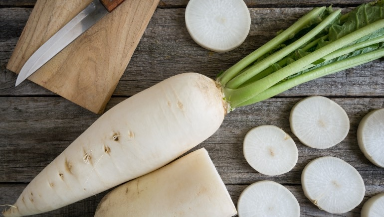 Get in a relationship with radishes this winter to reap these 4 health benefits