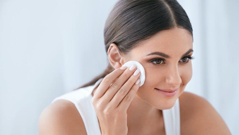 Make this gentle toner at home with dahi ka pani to rejuvenate your skin